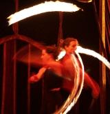 Feuerkünstler im Zirkus Monde Berlin